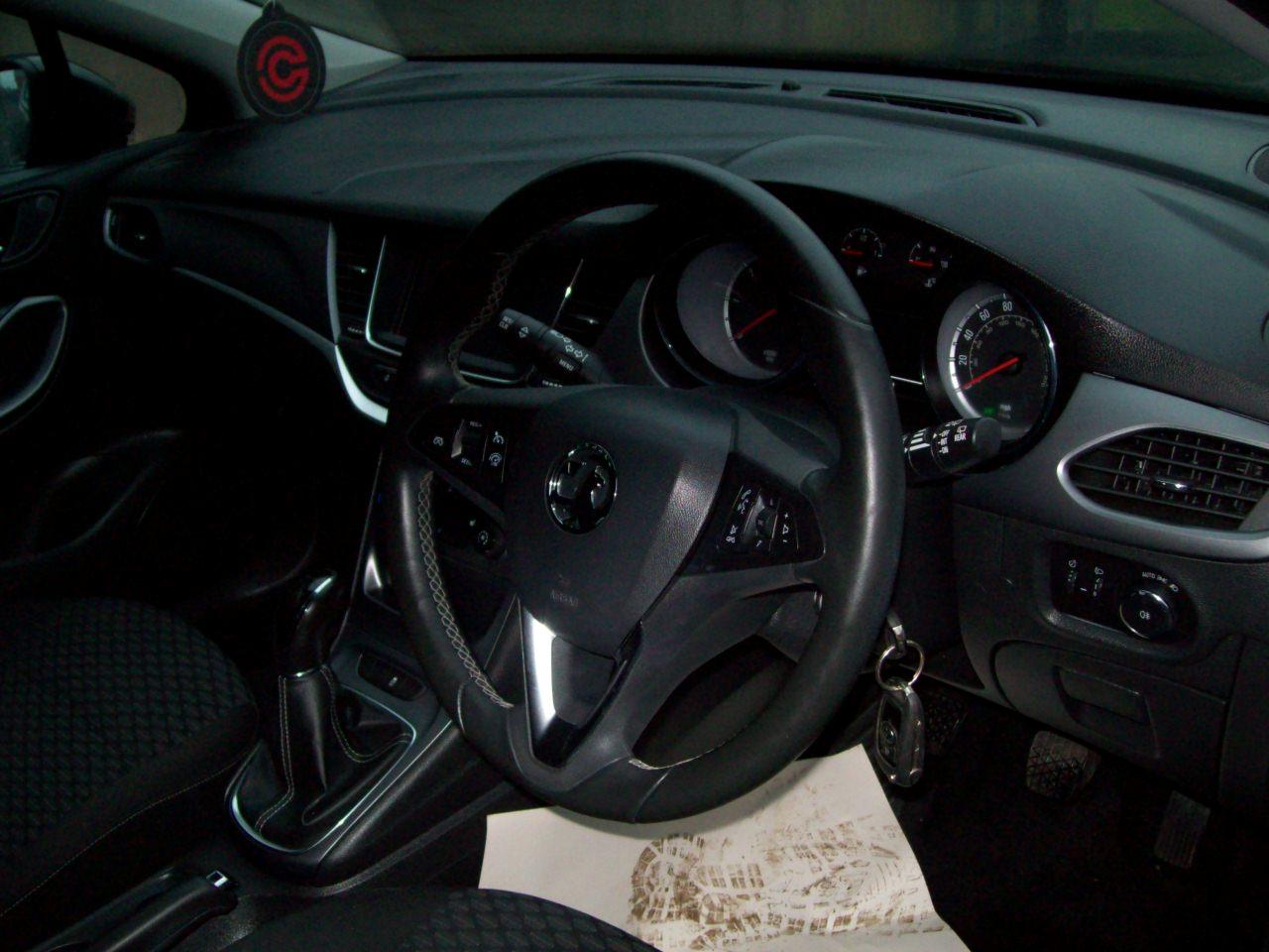 2016 Vauxhall Astra Diesel Manual – Derek Loane Motors full