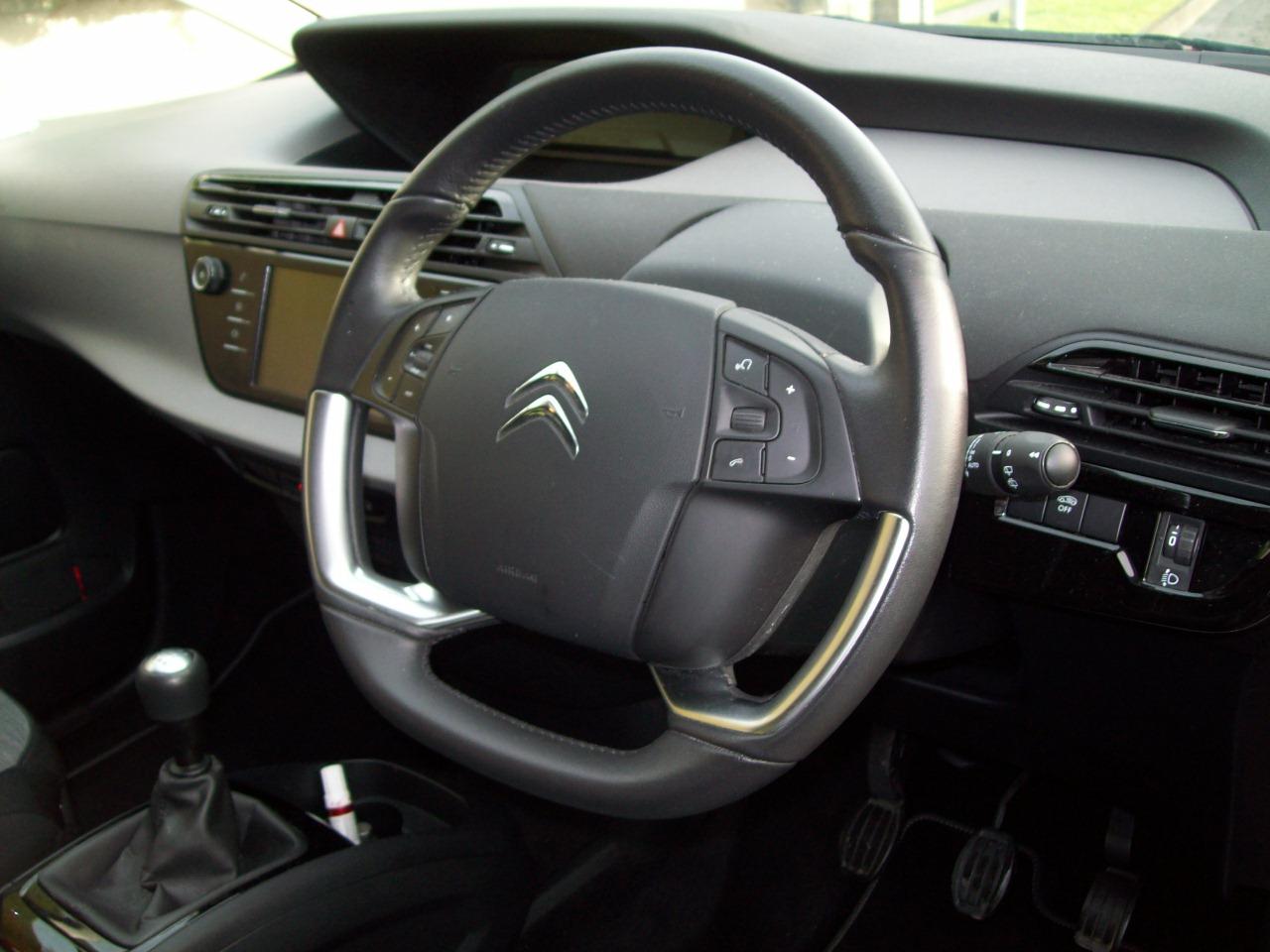 2017 Citroen C4 Grand Picasso Diesel Manual – Derek Loane Motors full