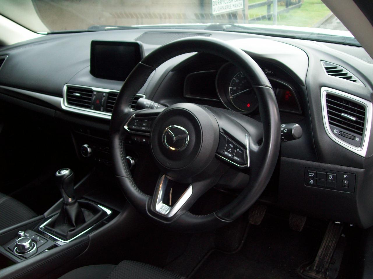 Mazda 3 SE-L NAV D