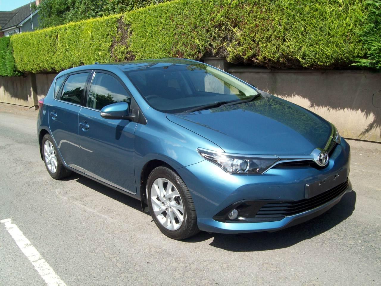 Toyota AURIS ICON VVT-I