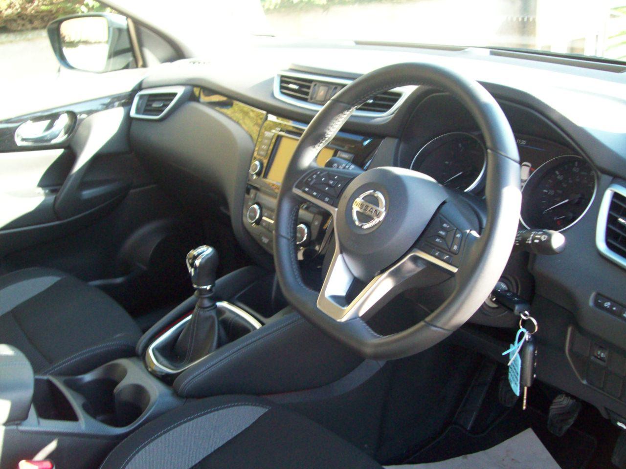 Nissan QASHQAI ACENTA PREMIUM DCI