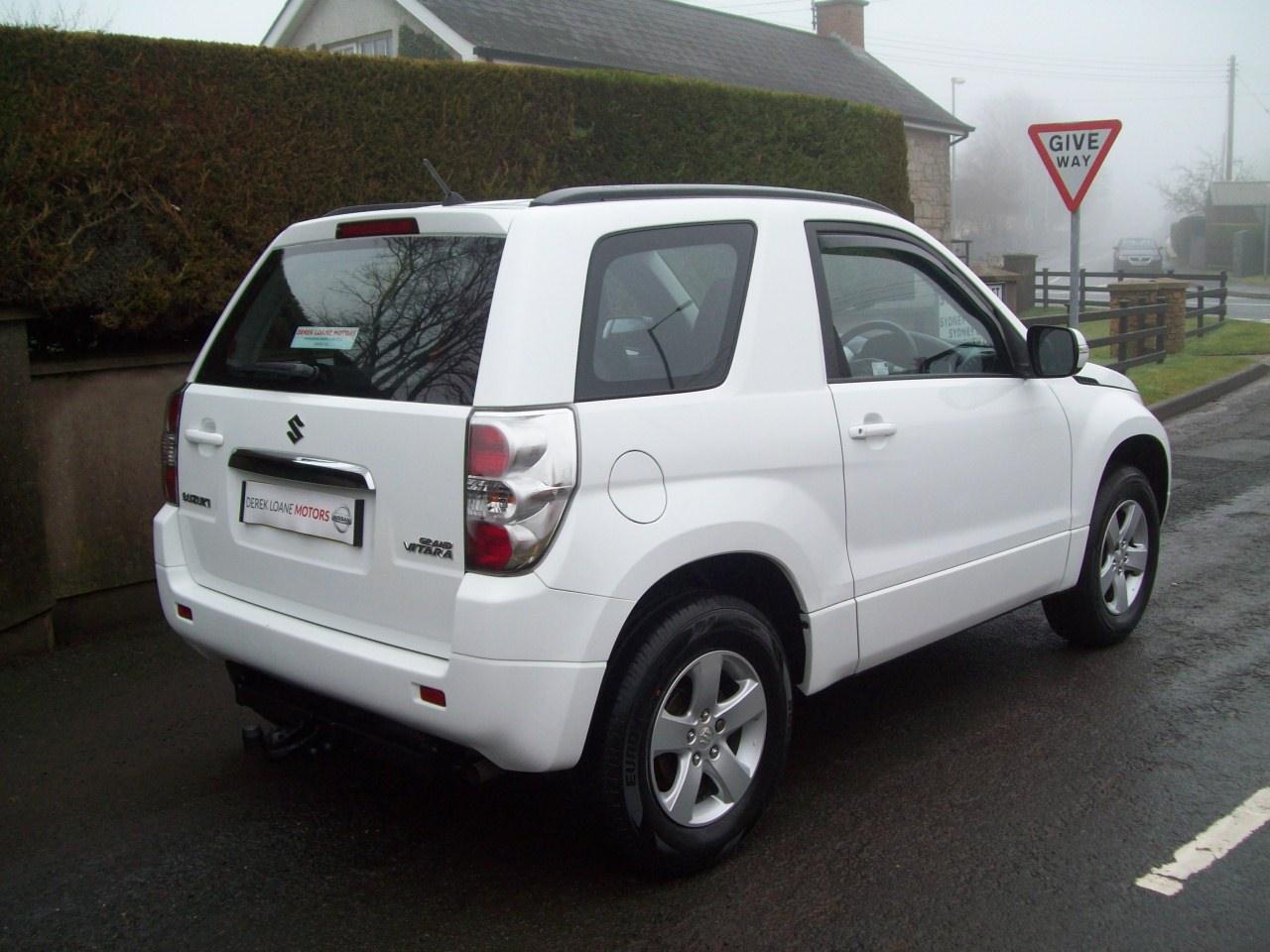 2013 Suzuki Grand Vitara  Manual – Derek Loane Motors full