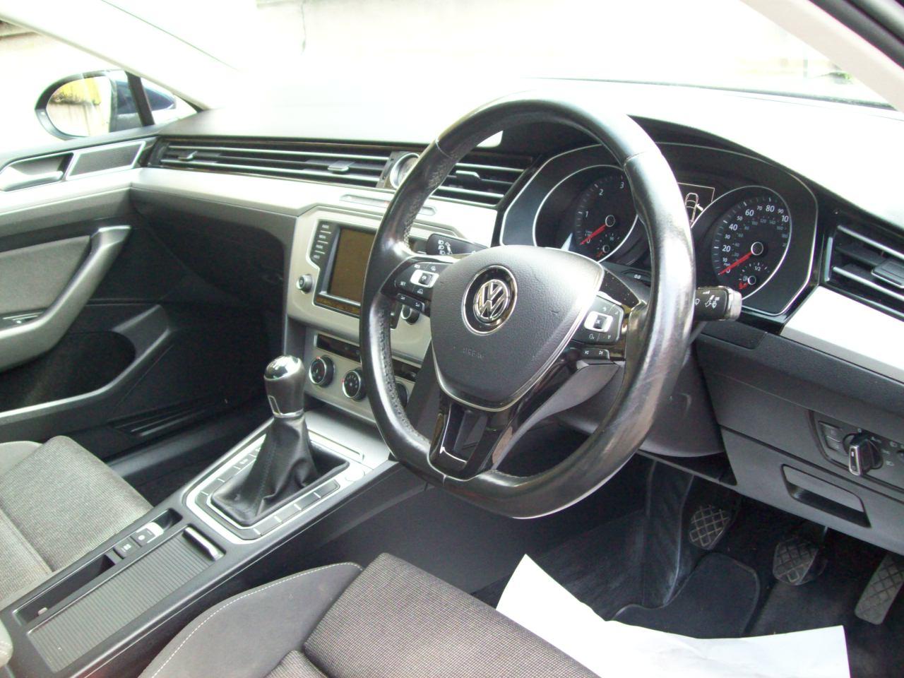 2016 Volkswagen Passat Diesel Manual – Derek Loane Motors full