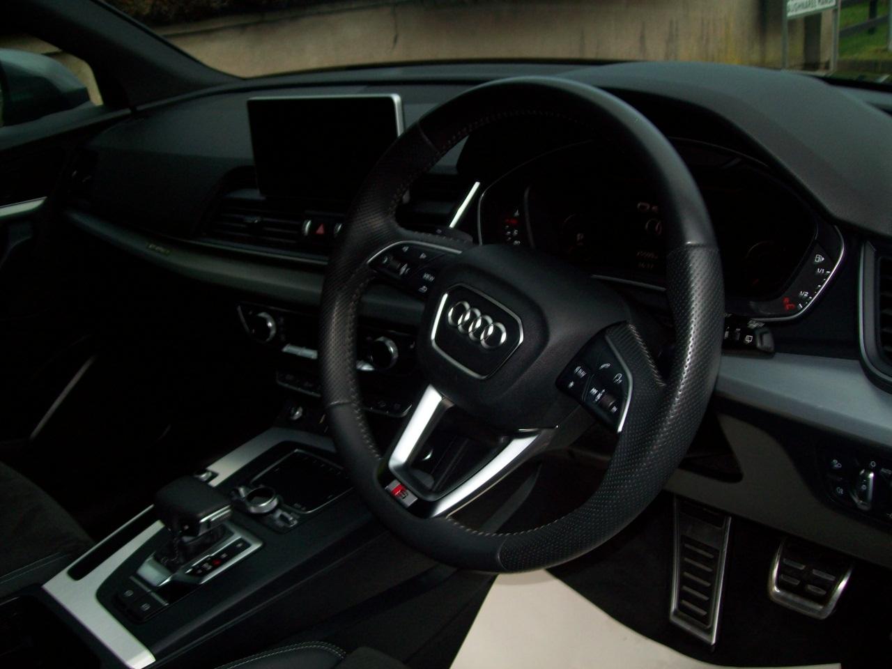 2019 Audi Q5 Diesel Tiptronic Automatic – Derek Loane Motors full